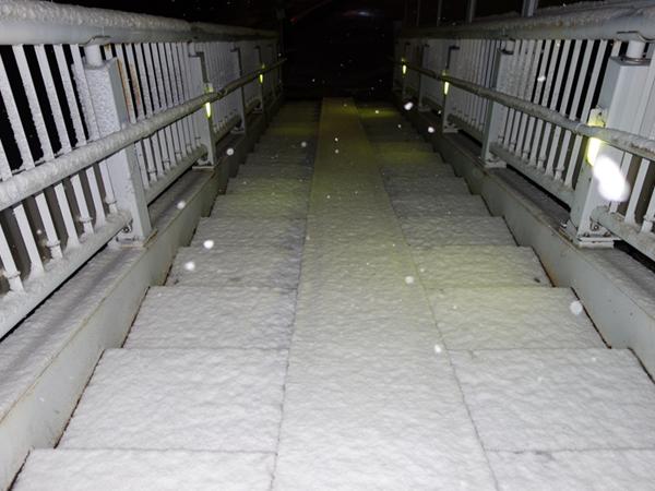 遠赤外線凍結防止融雪マット1