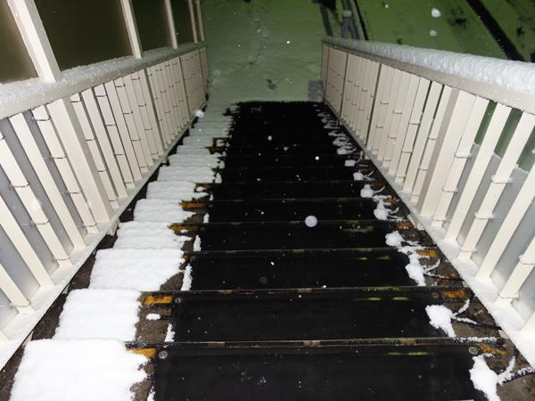遠赤外線凍結防止融雪マットへ
